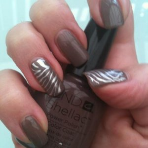 shellac in Rubble and stamping