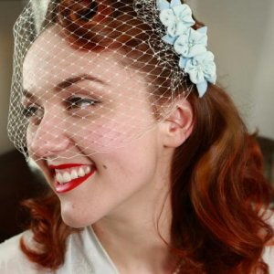 vintage-inspired 1950's hair and makeup