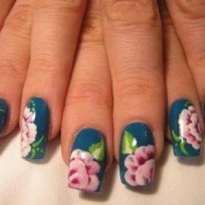 Natural acrylic / paint nail art