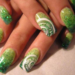 Glitter acrylic / celtic football logo nail art