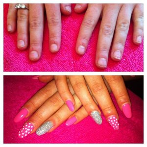 Apologies for the saturation in the bottom photo, the flash was on. Shellac Gotcha & Cream Puff & Rockstar over Fibreglass extensions