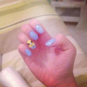 Despicable me nails :)