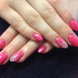 Shellac over L&P enhancements with glitter fade