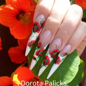 One stroke stiletto nails by Dorota Palicka