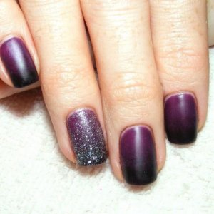 Matte Shellac in Rock Royalty with Black additive fade and Iced Vapour on feature nail