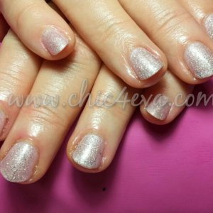 Shellac Strawberry smoothie iced vapour Princess nails