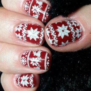 Shellac Christmas jumper nails scarlet letter
