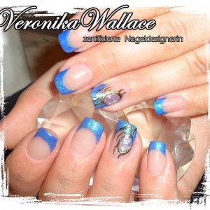 Natural Nail Overlay with Liquid Stone Design