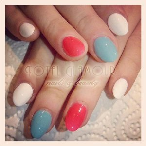 Acrylics with white, hot pink and peppermint