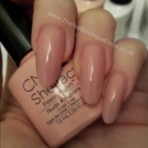 Nude knickers Shellac