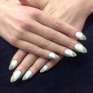 L&P enhancements with shellac Cretan puff and sharpie nail art