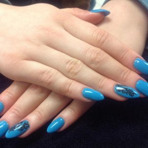Enhancements with shellac and dashing diva tattoos