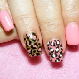 Shellac hand painted leopard nails