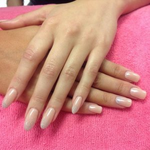 L&P enhancements for 2 clients from MTV ex on the beach. With shellac bare chemise and denim geode