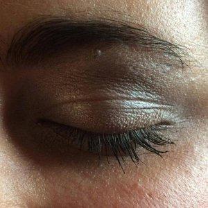 hannah eye close up