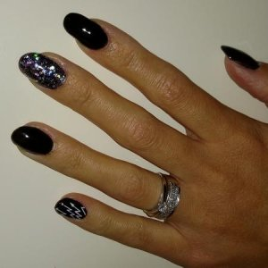 Acrylics on myself with gellux black, glitter mix and moyou stamp on pinkie