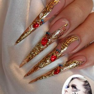Elegant Halloween nail art, Halloween spider nails using Nail Perfect Foil Design gel