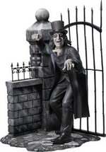 Click image for larger version.  Name:london-after-midnight-lon-chaney-sr-deluxe-edition-statue-quarantine-studio-silo-9026552.jpg Views:103 Size:12.3 KB ID:247221