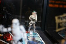 Click image for larger version.  Name:HasCon-2017-Star-Wars-2-Friday-015.jpg Views:442 Size:108.5 KB ID:390331