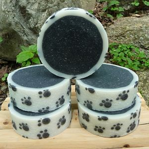 HowieRoll's Textured Paw Prints Rimmed soap