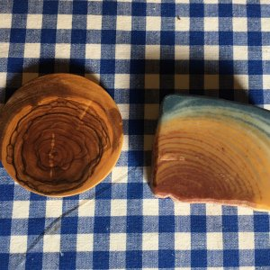 Soap and olive tree wood patterns
