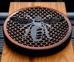 Bee-On-Honeycomb-002.jpg
