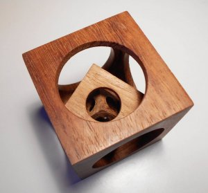 Iroko Cube2.jpg