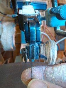 blade clamp (3)_thumb.JPG