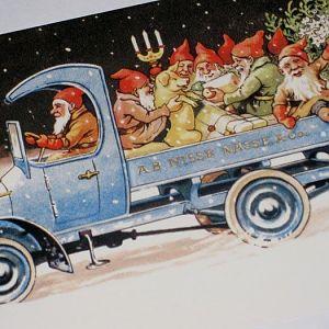 Christmas Gnomb Truck